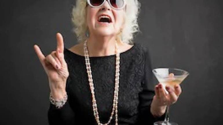 ROCK N' ROLL GRANDMA